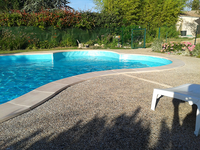 Piscine traditionnelle dv concept for Concept piscine